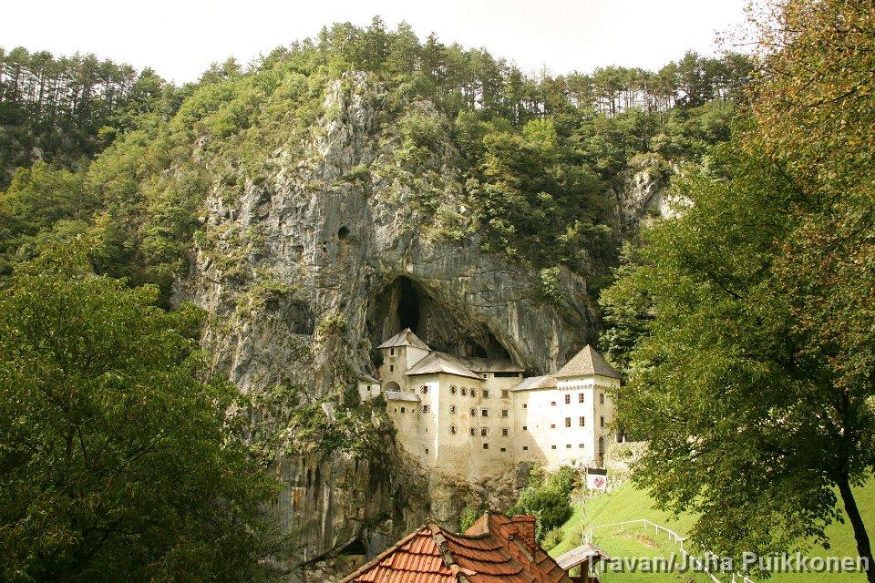 Predjama Castle (4) (1)